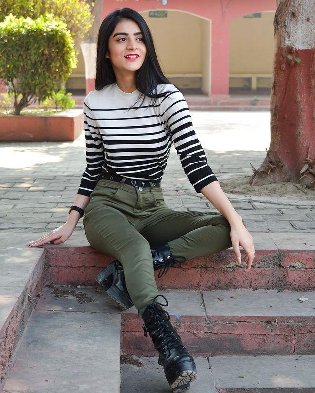 Shreya-Sharma